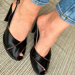 Nine West Peep toe heels burgundy and black